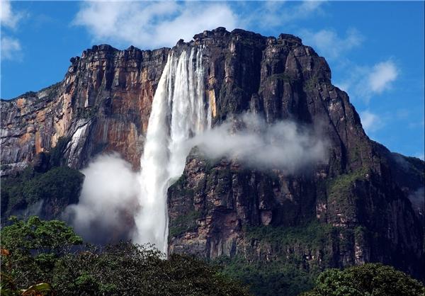 تصاویری زیبا از بلندترین آبشار جهان در ونزوئلا