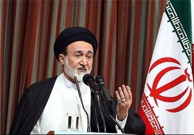 آلسعود نمیتواند مناسک حج را مدیریت کند/ ما غرور و عزت زائران ایرانی را خدشهدار نمیکنیم