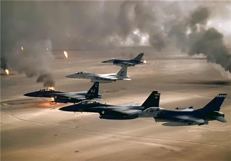 جنگندههای آمریکایی مواضع ارتش سوریه را بمباران کردند/ کشته شدن ۶۲ سرباز و زخمی شدن صدها تن دیگر