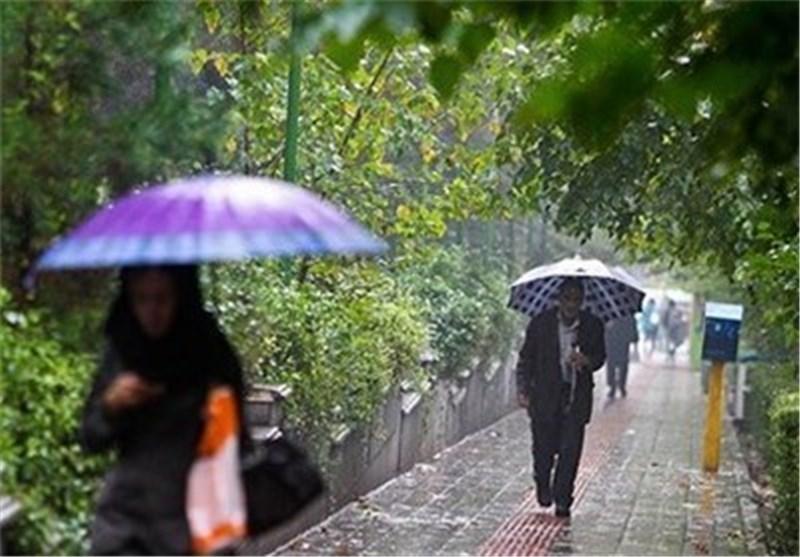 باران در ۹ استان کشور میبارد/ سایه گسترده گردوخاک در ۶ استان