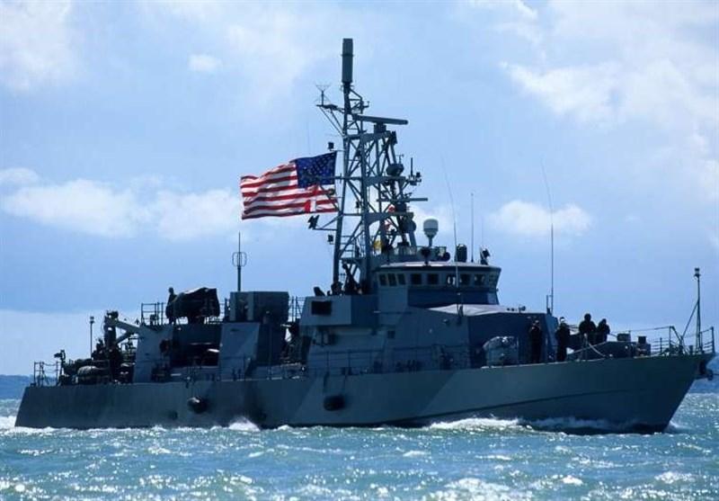 پنتاگون: ناو آمریکایی به دلیل نزدیک شدن کشتی جنگی ایران در خلیج فارس به سرعت تغییر مسیر داد