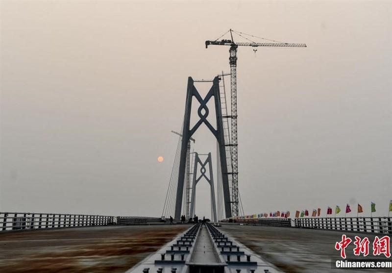 طولانیترین پل آبی جهان به بهرهبرداری رسید+فیلم و عکس
