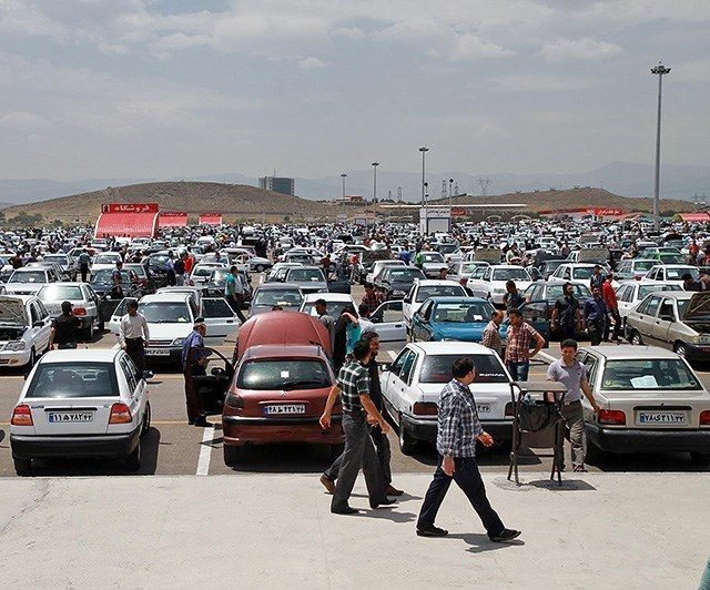 ایران خودرو در نیمه دوم امسال تصمیم به افزایش قیمتها دارد