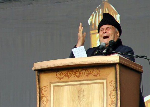 استاد سلیم موذن زاده اردبیلی دار فانی را وداع گفت