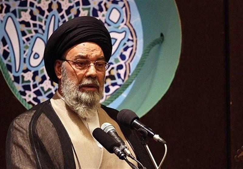 شهدای مدافع حرم توطئههای دشمنان در کشورهای مسلماننشین را نقش بر آب کردند