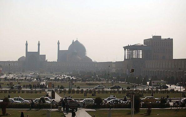 اصفهان دوباره غبارآلود میشود / بارندگی در غرب ادامه دارد