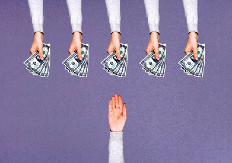 بازی «تسهیلات نجومی» با احساسات مردم در سال «افشاگری»