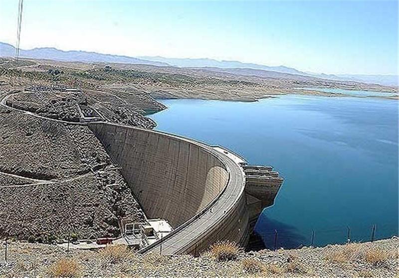 ۲۰۶ میلیون مترمکعب آب پشت سد زایندهرود/ بارشهای بهار هم کمآبی را جبران نمیکند