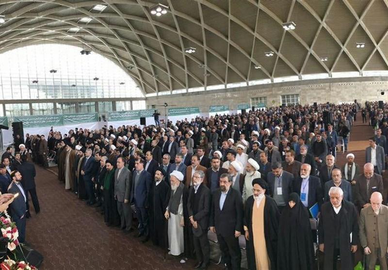 تجمع بیسابقه 3000 نفری نیروهای انقلاب/ انتخاب ۱۰ نامزد برتر از لیست ۲۷ نفره
