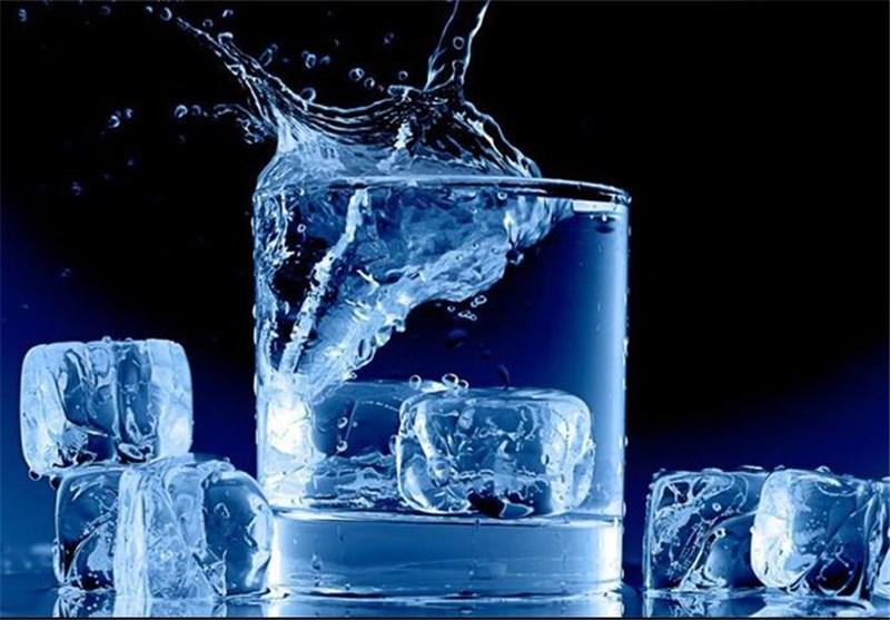 مصرف «آب سرد» در همه سنین مضر است