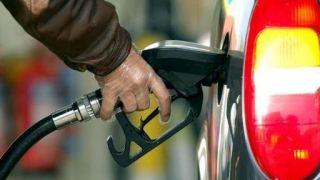 روزانه ۳۵ میلیون دلار یارانه بنزین در ایران پرداخت میشود
