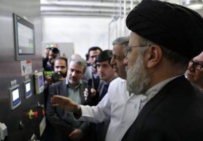 اقدام جهادی آستان قدس در ۴۰ سالگی انقلاب/ رئیسی سایت تولید فاکتور ۸ نوترکیب را افتتاح کرد