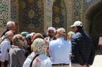 روحانیون دو زبانه پیام دین را بیواسطه به گردشگران میرسانند