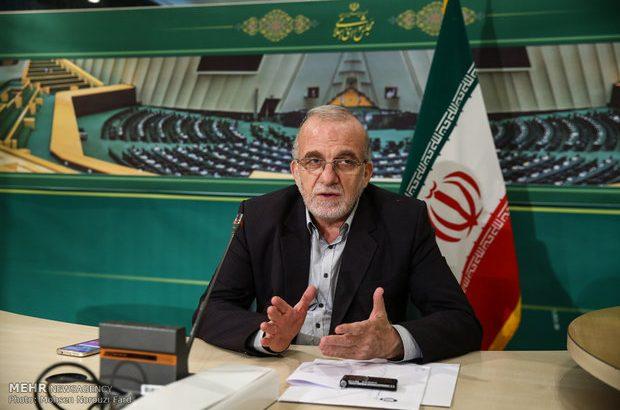 دولت روحانی تجربه برجام را تکرار نکند/از بیتعهدی غرب عبرت بگیریم
