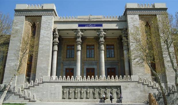 دو دیپلمات انگلیسی و هلندی در پارتی با حضور دختران ایرانی چه میکردند؟ / قانون، دیپلماسی، کشک!