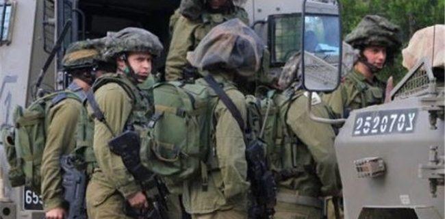 انهدام خودروی نظامی اسرائیل توسط حزبالله / صهیونیستها «مارونالراس» را گلولهباران کردند