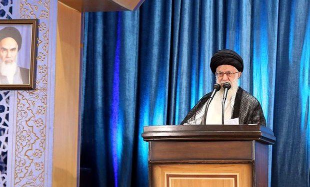 پاسخ موشکی سپاه و تشییع میلیونی سردار سلیمانی از ایام الله است/ همان اندازه که ما از حادثه هواپیما غصه خوردیم دشمن خوشحال شد