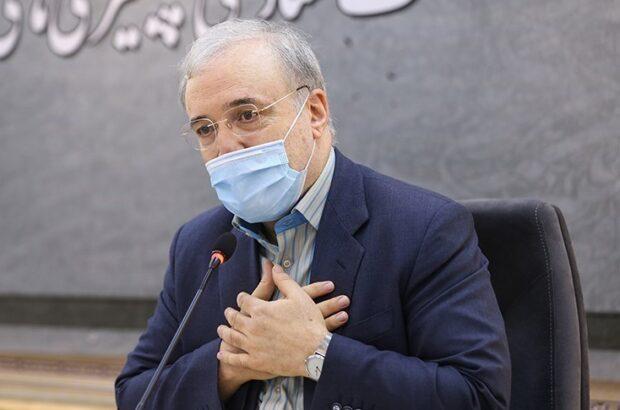 """وزی بهداشت نوشت: """"من امروز از سربازانم در جبهه سلامت شرمسارم؛ مطالباتشان معوق مانده است."""""""